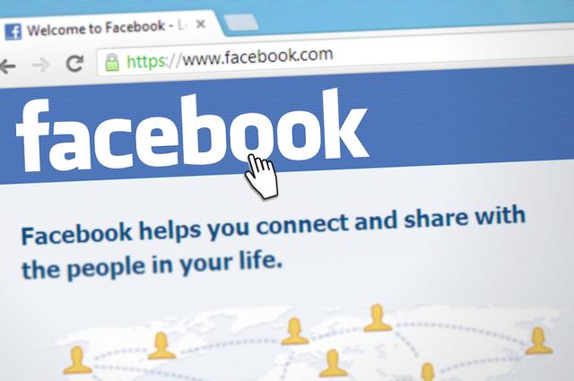 7 rad, jak chytře nakoupit na sociálních sítích.