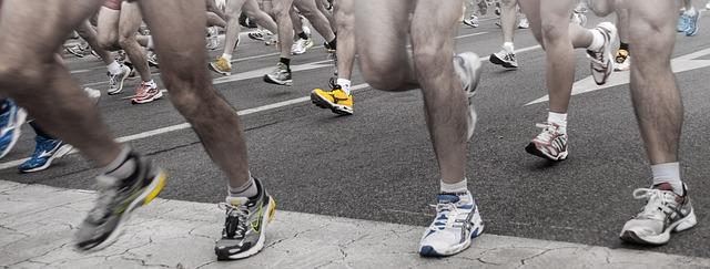 nohy závodníků