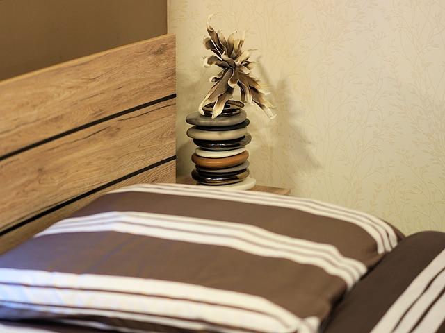 studentská postel