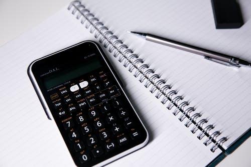 sešit propiska kalkulačka